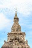 Överkant av Ing Hang Stupa i Savannakhet, Laos Arkivbild