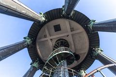 Överkant hamburg Tyskland för torn för visning för St-michaelis kyrklig Arkivfoto