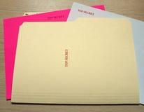 Överkant - hemlig mapp och dokument Arkivfoton