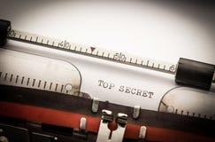 Överkant - hemlig text på skrivmaskinen Royaltyfria Foton