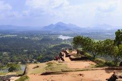 Överkanten av Sigiriya vaggar Royaltyfria Bilder