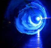 ÖVERRASKA - blåa ljusa effekter Arkivfoton