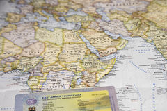 Översikt med East Africa det turist- visumet i pass Arkivfoton