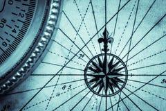 Översikt och kompass Arkivbilder