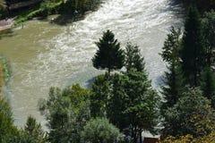 översvämmad flod Royaltyfri Fotografi