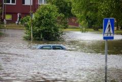 översvämmad gata Royaltyfri Fotografi