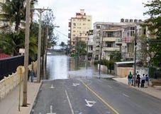 Översvämmad gata i Havana Cuba efter en storm Royaltyfria Bilder