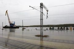 översvämmad järnväg Arkivfoto