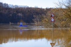 översvämmad teckentrafik Arkivbilder
