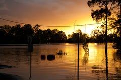 översvämmar den fotbollqueensland stadionen Fotografering för Bildbyråer