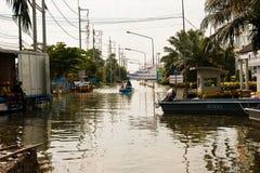 översvämning thailand Arkivfoton