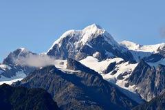 Överträffa av berg Arkivbild