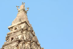 Överträffa av gammalt utfärda utegångsförbud för i tempelet Arkivfoto