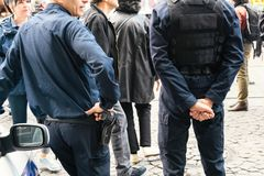 Övervaka Frankrike den politiska marschen under en fransk rikstäckande dagaga Fotografering för Bildbyråer