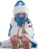 Övervintra flickan som isoleras på vit bakgrund Royaltyfria Bilder
