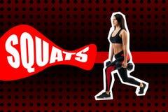 Övning av squats med vikt som utförs av en sportkvinna royaltyfri fotografi