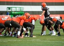 Övning borrar NFL Cleveland Browns 2017 arkivfoton