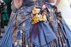 övre detalj för 19 århundrade klänningslut Arkivfoton