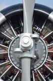 Övre detalj för slut av flygplanmotorn Arkivfoto