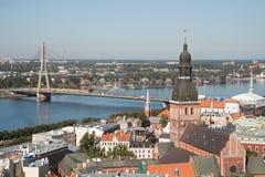 Övre sikt av gammala Riga Arkivfoton