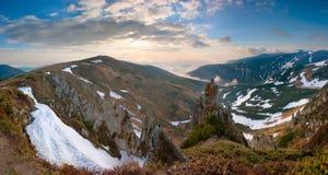 övre sikt för carpathian berg Arkivfoto