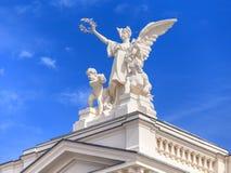 Övredel av den Zurich operahusbyggnaden Royaltyfria Bilder