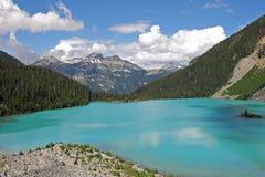 ?vreJoffre Lake i Joffre Lakes Provincial Park, Kanada royaltyfria foton
