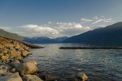 Övrelägre sjö Royaltyfria Bilder