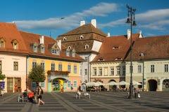 Övrestaddelen av Sibiu den historiska mitten Arkivfoton
