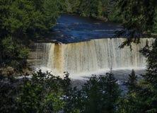 ÖvreTahquamenon nedgångar i Michigan Royaltyfri Bild