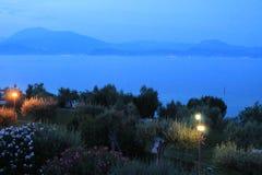 Última tarde en Sirmione en el lago Garda Italia fotografía de archivo
