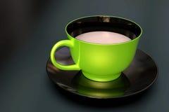 Único cerâmico do copo de café, o verde e o preto, no fundo escuro imagem de stock royalty free
