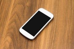 Único telefone esperto com tela vazia Fotos de Stock