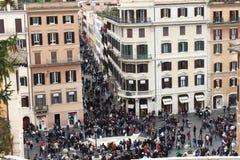 Über Condotti und Piazza di Spagna - Rom Italien stockbild