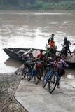 Über dem Bengawan Solo Fluss Stockbilder
