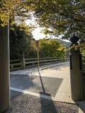 Über dem Fluss Stockfoto