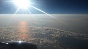 Über dem Himmel Stockbild