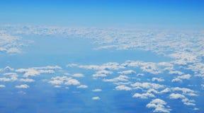 Über dem Himmel lizenzfreies stockbild