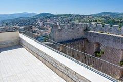 Über dem Schloss Stockbild