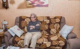 Über der Großmutter mit 80 Jährigen Lizenzfreie Stockfotos