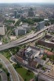 Über Dusseldorf stockfotos