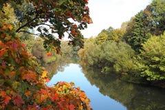 Über Fluss Stockfotografie