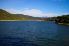 Über gesättigtem See Stockbilder