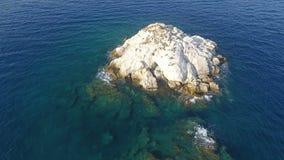 Über kleiner Insel 2 stock footage