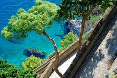 Über Krupp in Capri Insel lizenzfreie stockbilder