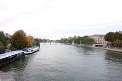 Über rive Wadenetz, Paris, Frankreich stockfotos