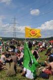 Über 20 ` schlossen sich 000 Menschen der Anti-Atom Energiedemonstration an lizenzfreie stockbilder