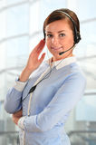 Über weißem Hintergrund im Studio Kundenbetreuung 3D wenig menschlicher Charakter in einem Kundenkontaktcenter Stockfotos