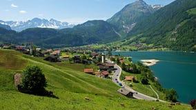 Überblick über das Dorf bei Lungern Lizenzfreie Stockbilder