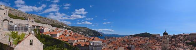 Überblick über die Wände der alten Stadt Dubrovnik in Kroatien Stockbilder